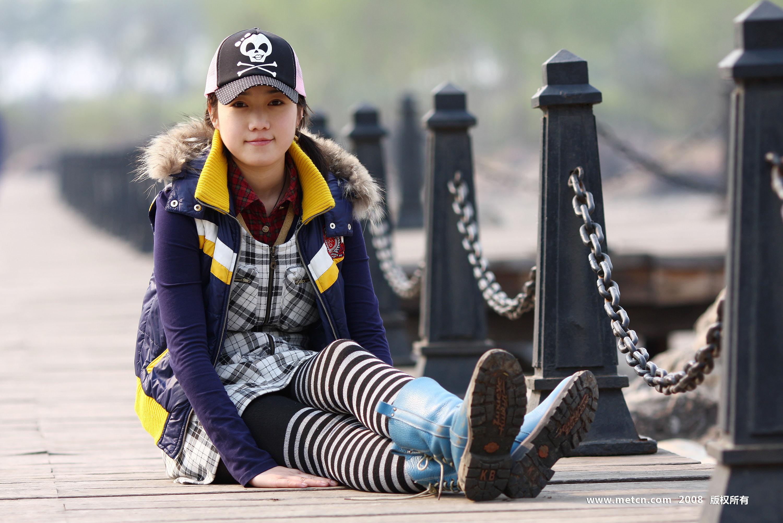 Chinese girl Zhang Xiaoyu Body Art - 1024x768pix