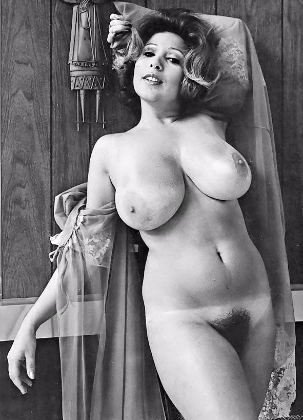 Ретро голые бесплатное фото