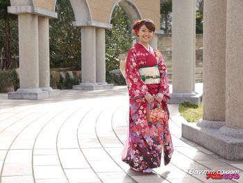 最新天然素人 011215_01 某名牌大學生成人式的回憶 柊朱音