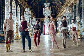 Jean-Michel Othoniel, à Versailles :   le nouveau Bosquet du Théâtre d`Eau - Page 2 24396773_ladanceproject_2