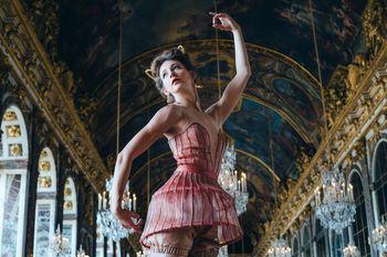 Jean-Michel Othoniel, à Versailles :   le nouveau Bosquet du Théâtre d`Eau - Page 2 24396775_ladanceproject_3