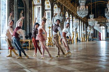 Jean-Michel Othoniel, à Versailles :   le nouveau Bosquet du Théâtre d`Eau - Page 2 24396778_ladanceproject_4