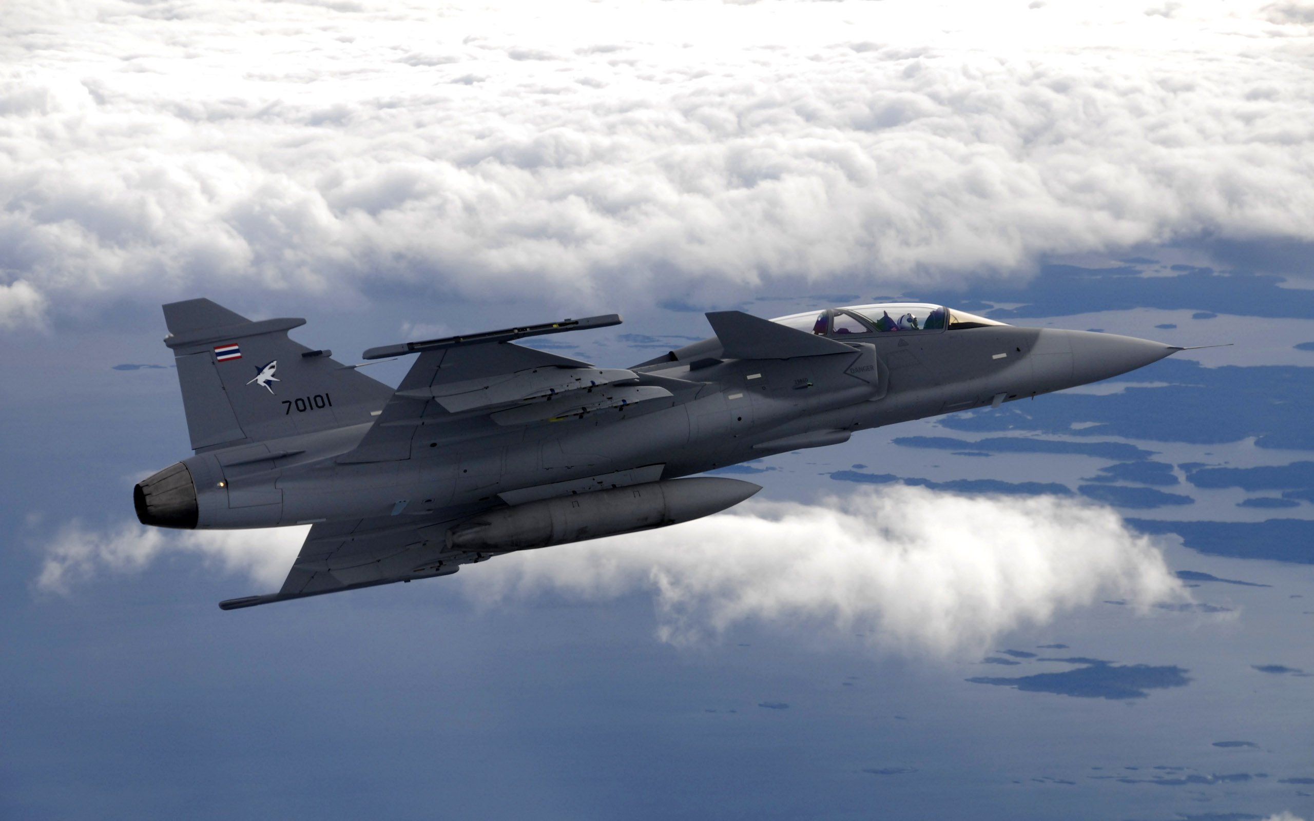 airforce fighter aircraft wide
