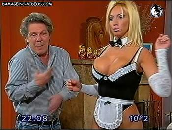 Pettinato Big tits in maid uniform