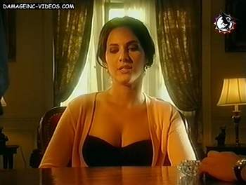 Argentina actress Julieta Diaz cleavage