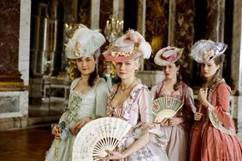 "Coppola - ""Marie-Antoinette"", le film de Sofia Coppola - Page 2 19620668_21"