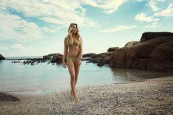 22833180_Lingadore_SS_2015_Beach_Campaig
